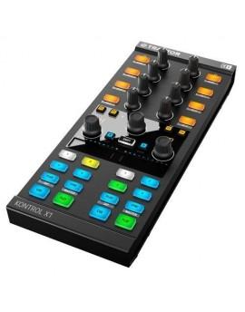 TRAKTOR KONTROL X1 MKII Native Instruments