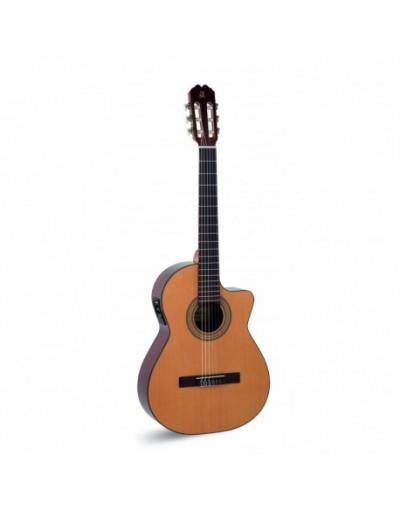 ADMIRA JUANITA Guitarra electrificada